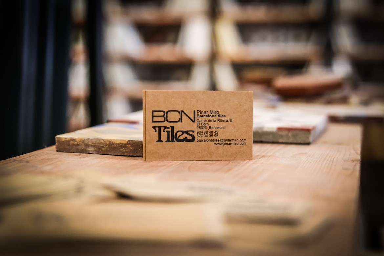 bcn tiles pinar miro tarjeta - Barcelona tiles design. Identidad visual | Barcelona.