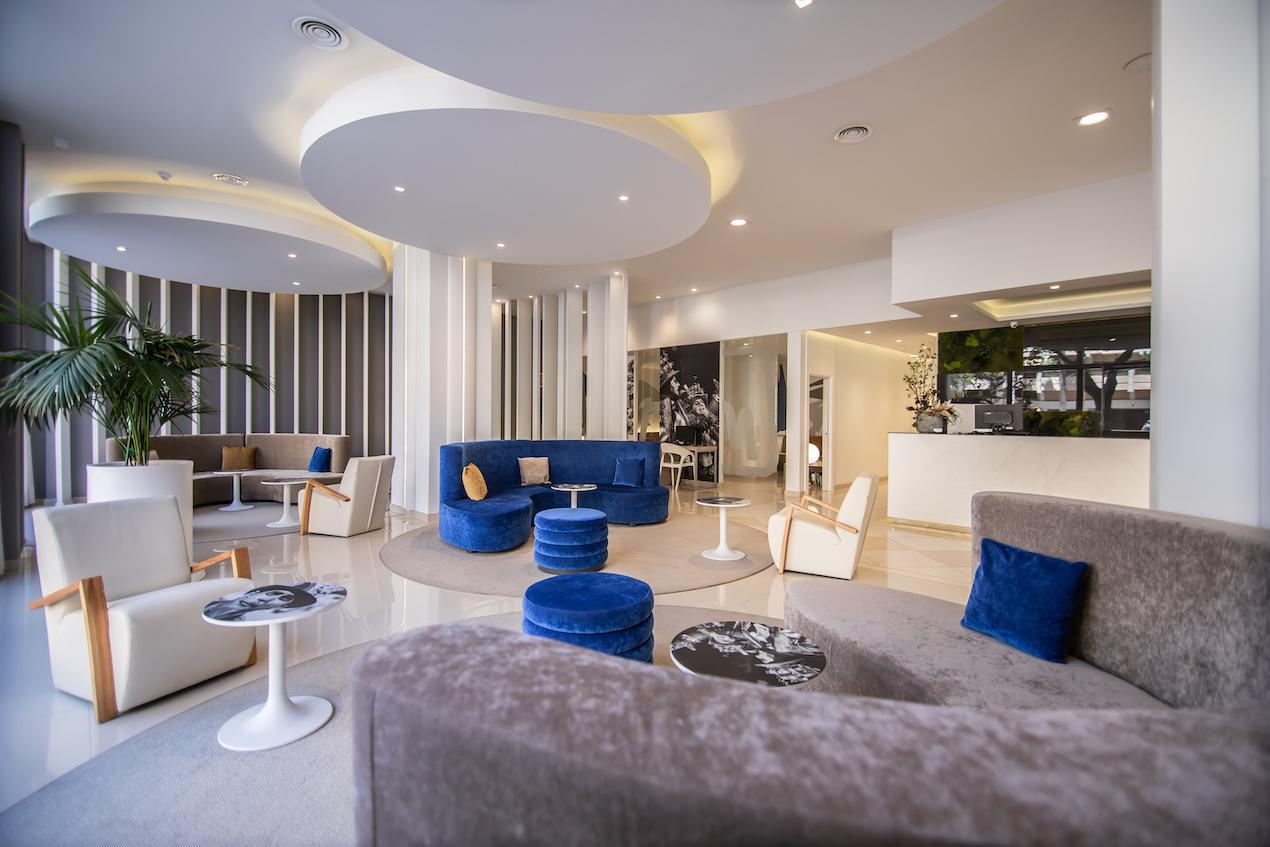 hotel Monte Puertatierra. Cadiz. el lobby.