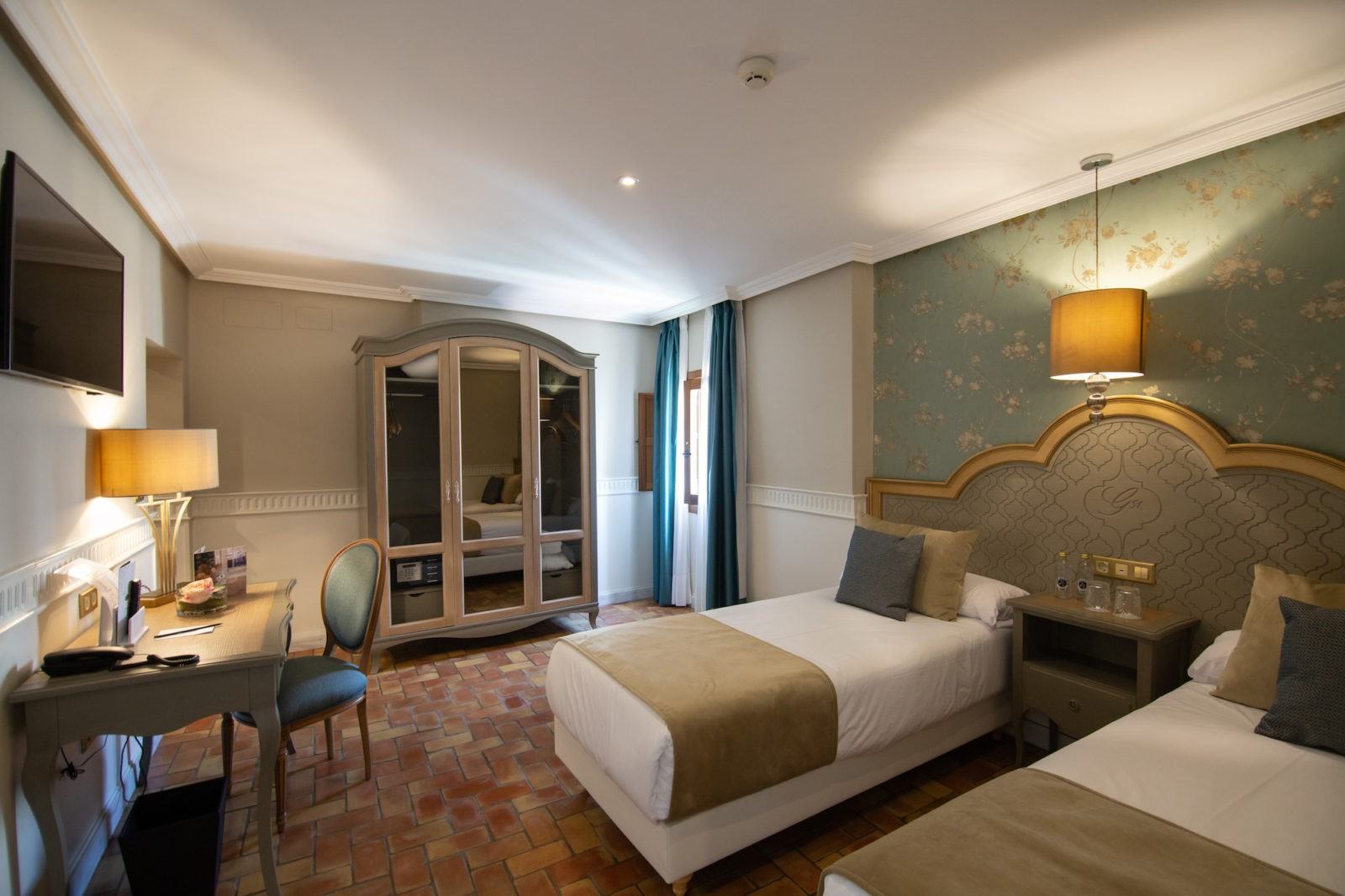 apartamento-hotel-gravina-51-sevilla-habitacion-doble